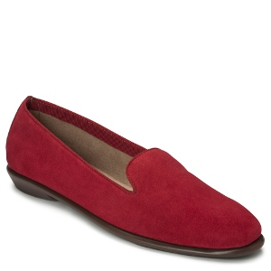 Red Suede Aerosoles BETUNIA