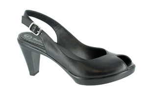 Black Leather Bella Vita Wren