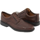 Clarks Un.kenneth Brown