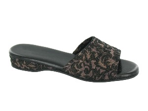 Daniel Green Dormie Black Damask